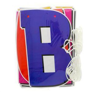 festone con lettere colorate che formano la scritta Buon Compleanno
